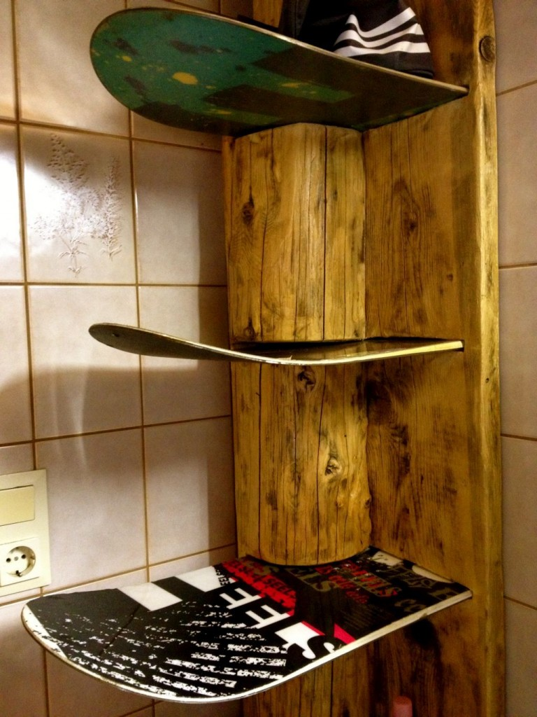 Board_Shelf